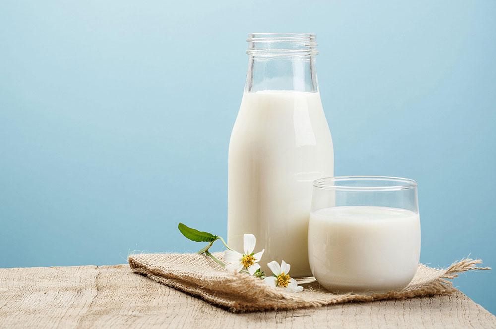 شیر و فواید آن برای پوست