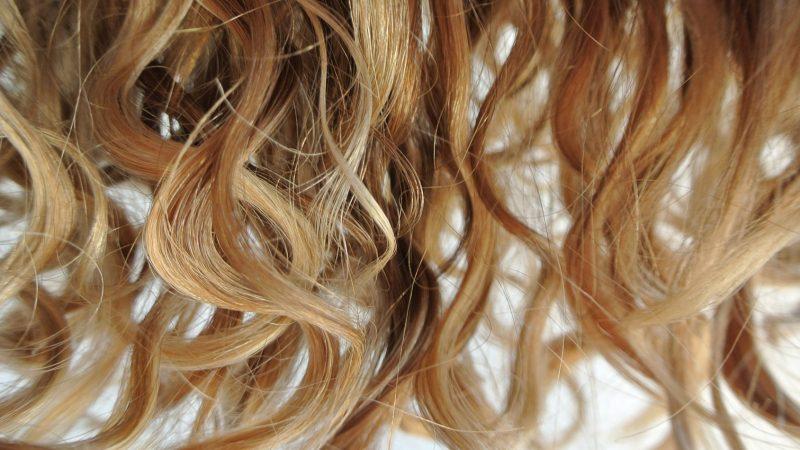 ۵ روش ساده برای فر کردن مو