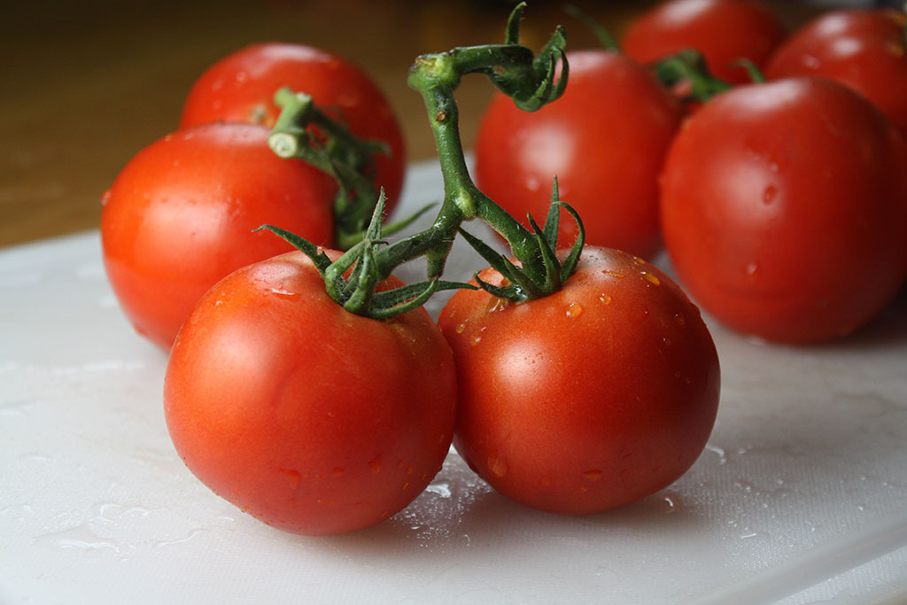 گوجه فرنگی خوراکیهای چربیسوز شکم