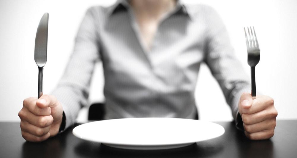 چرا همیشه احساس گرسنگی میکنم؟