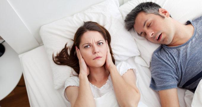 بررسی آپنه (تنگی نفس در خواب)