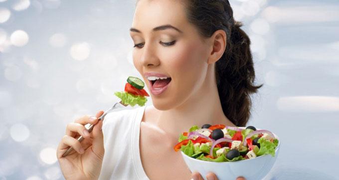۶- آگاهانه غذا بخورید