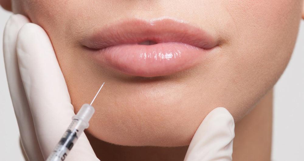 جوانسازی پوست با تزریق ژل اسید هیالورونیک