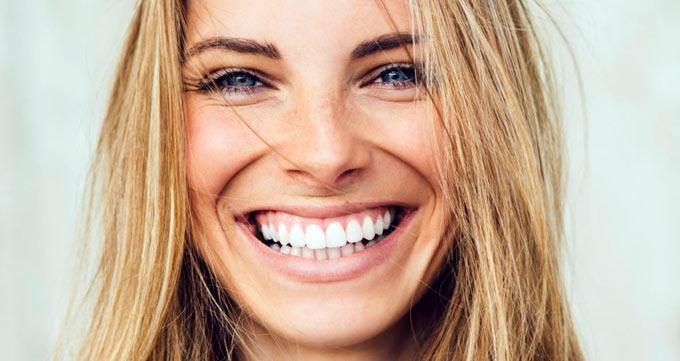 درمان خطوط میان بینی و لب