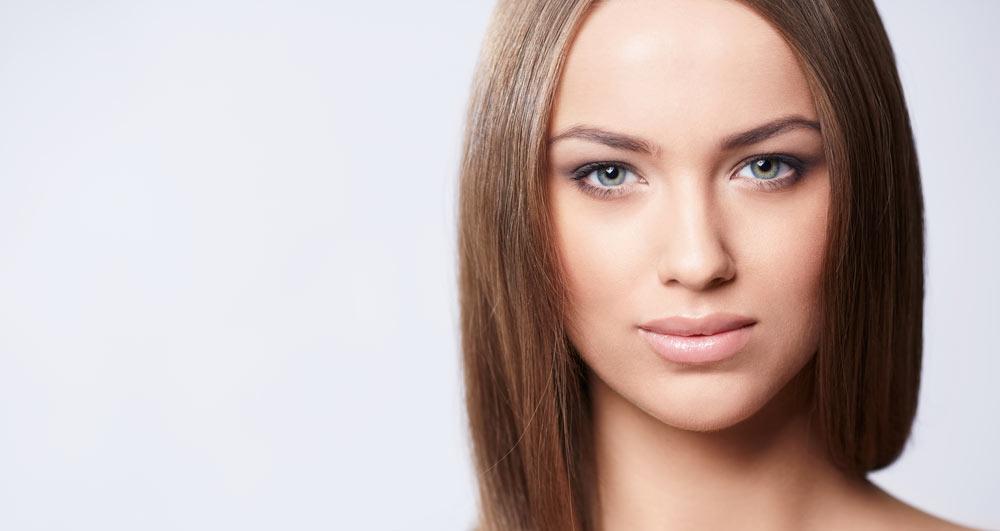 درمان چروکهای اطراف بینی و لب با تزریق ژل نازولبیال