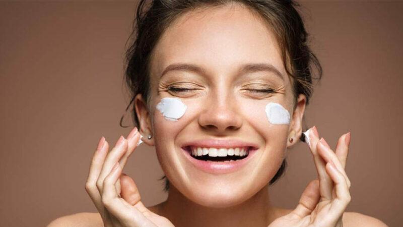 آبرسانی پوست چیست