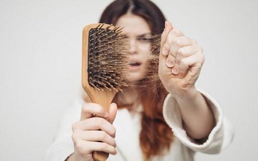 روغن رزماری و کاهش ریزش مو