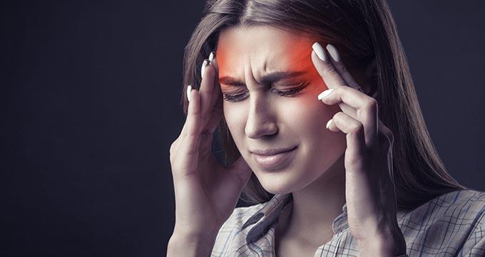 بوتاکس میگرن و علت، علائم و تشخیص بیماری میگرن
