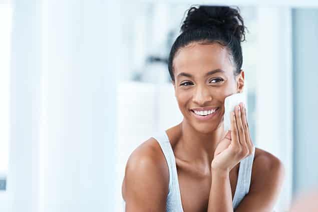 روش شستشوی صورت بعد از میکرونیدلینگ